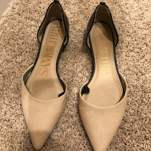So and Libby Pointed Toe Flats